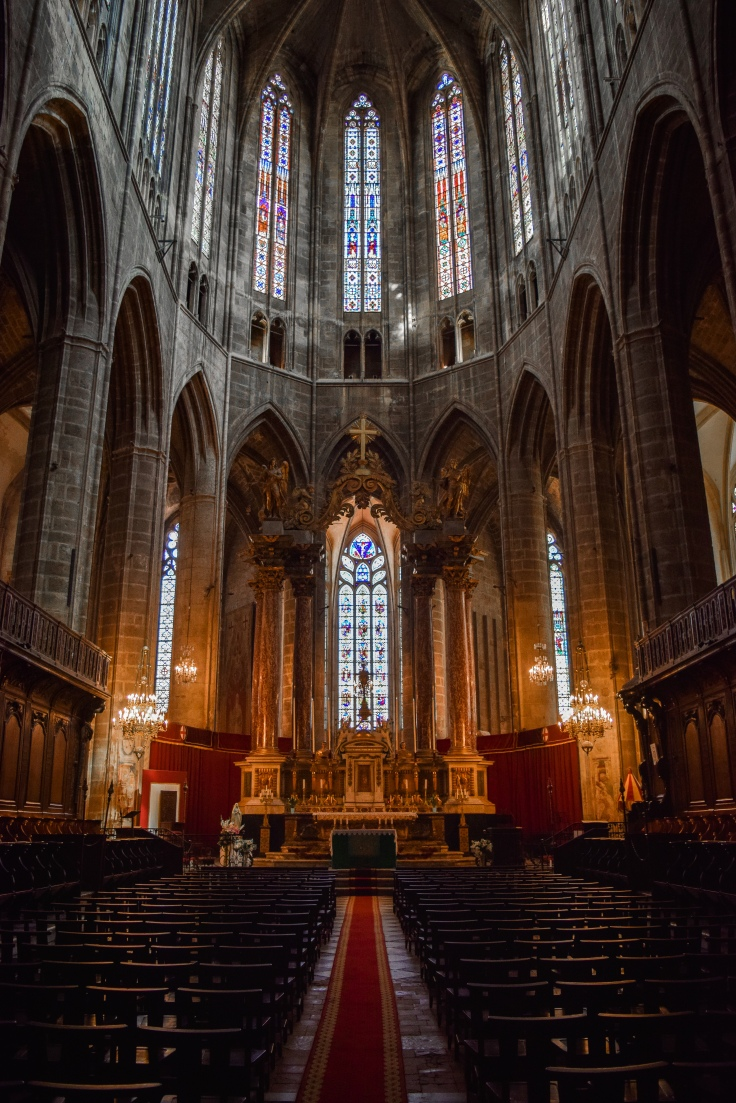 The interior of the Cathédrale Saint-Just-et-Saint-Pasteur