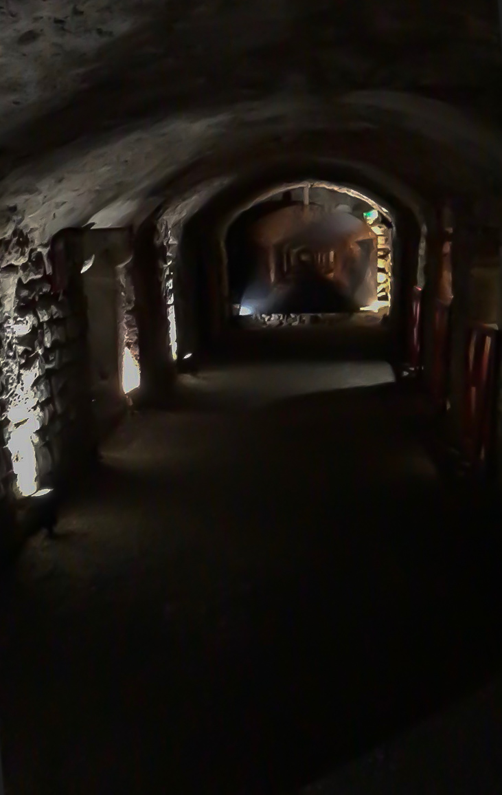 The dimly lit galleries of the Roman horreum under the streets of Narbonne