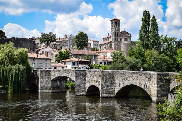 The Pont de la Vallee crossing the Sevre nantaise in Clisson
